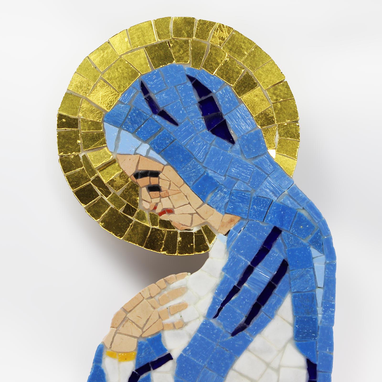 Mosaico raffigurante l'immagine della Madonna